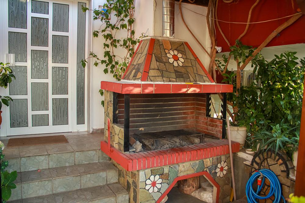 Sarti kuća Fotis